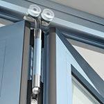 aluminum-doors-bi-fold-doors-track-02