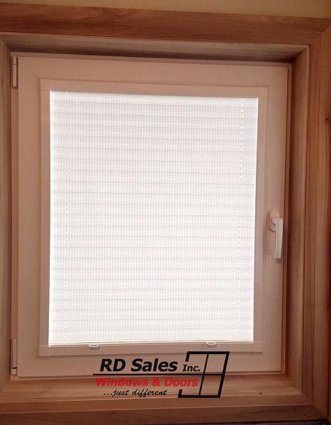 tilt-turn-windows-kitchener-waterloo-P21-2-2